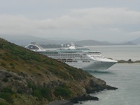 Cruise liner leaving Otago Harbour