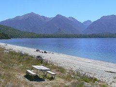Frasers Beach, Lake Manapouri