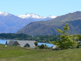 Lake Wanaka from the Wanaka Golf Course